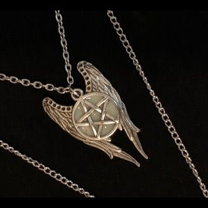 Jewelry - Wings & Glow in the Dark Supernatural Necklace